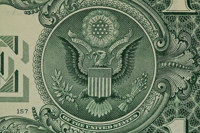 Доллар США на Форекс и процентные ставки ФРС