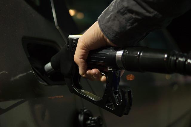 Данные по запасам нефти в США от API