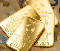 Gold prices rise; all eyes on Fed
