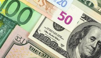 Dollar see-saws on data; euro edges up despite ECB stimulus hint