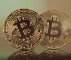 Bitcoin dips below 7,837.5 level, down 2%