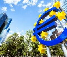 ECB meets after BoC sinks loonie; risk appetite wobbles