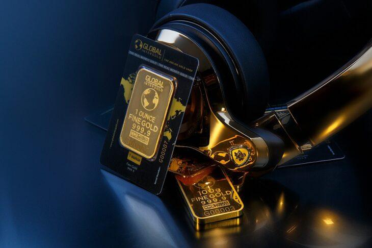 Почему падает цена на золото: перспективы золота на бирже сегодня