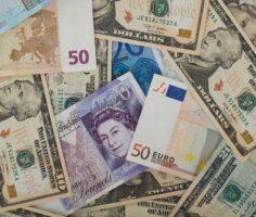 евро, доллар, фунт