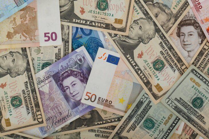 поменять испорченные деньги