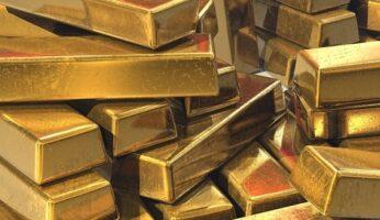 Цена на золото и акции золотодобывающих компаний